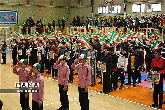 برگزاری المپیاد ورزشی درون مدرسهای در دبیرستان شهید مرشد