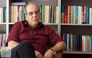 هشدار عباس عبدی درباره تبعات روانی افزایش قیمت بنزین