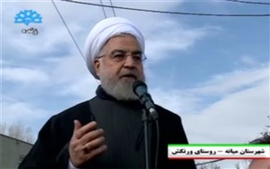 روحانی در جمع زلزلهزدگان: مردم  بین کانکس  یا کمک هزینه برای اجاره خانه  انتخاب کنند رسیدگی شود