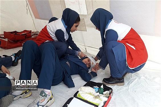 مانور زلزله در آموزشگاه دخترانه ارشاد ناحیه دو شهر ری