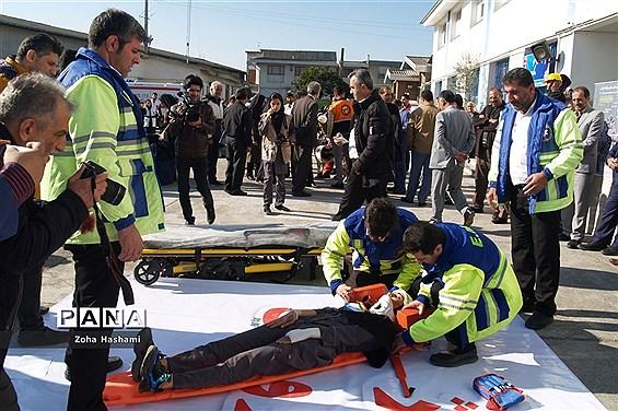 بیست و یکمین مانور زلزله و ایمنی در دبیرستان عصمت ساری