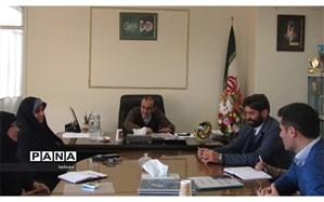 حسینی:  هرگونه قرارداد مالی و اجرایی از طریق نظارت ســازمان دانش آموزی انجام شود