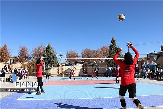 افتتاحیه مسابقات لیگ والیبال دختران دانشآموز در آباده