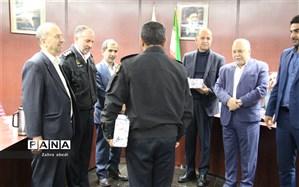 تجلیل از  الگو های پلیس  راهنمایی و رانندگی، رانندگان اتوبوسرانی و تاکسیرانی شیراز