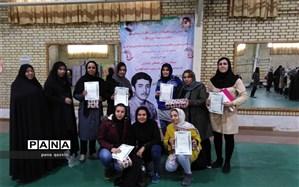 رقابت های آمادگی جسمانی خواهران در قزوین به کار خود پایان داد