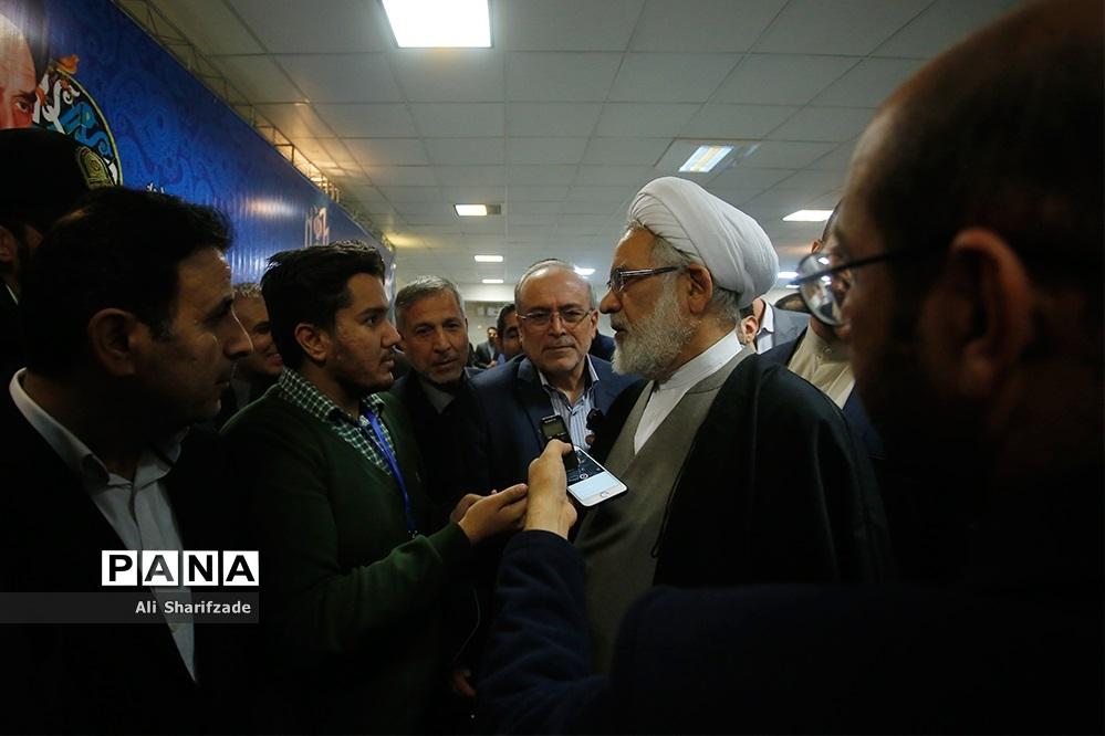 بازدید دادستان کل کشور از  روند ثبت نام انتخابات یازدهمین دوره مجلس شورای اسلامی