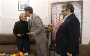 دیدار مدیر کل آموزش و پرورش استان زنجان با خانواده شهید داود افشاری