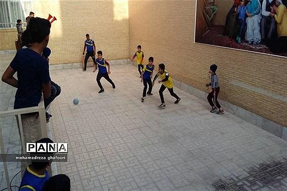 برگزاری فینال مسابقات گل کوچیک در شهرستان اشکذر