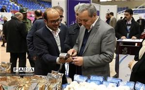 بازدید مدیر کل آموزش و پرورش اردبیل از نمایشگاه دستاوردهای پژوهشی و فناوری استان