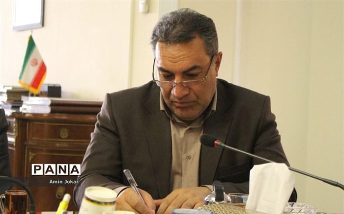 دیدار  نمایندگان نهمین دوره مجلس دانشآموزی  با  استاندار  فارس