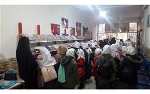 برگزاری نمایشگاه دائمی کتاب در کانون شهید رجایی ناحیه دو شهر ری