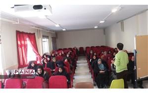 برگزاری کلاس ضمن خدمت با عنوان  برنامه ریزی فعالیت های گروهی