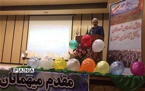 شوراهای دانش آموزی طلایه دار گام دوم انقلاب
