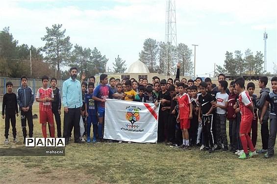 مسابقات ورزشی در آموزشگاه سید جمال ابرکوه