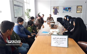 اولین جلسه پارلمان دانش آموزی منطقه زبرخان برگزار شد