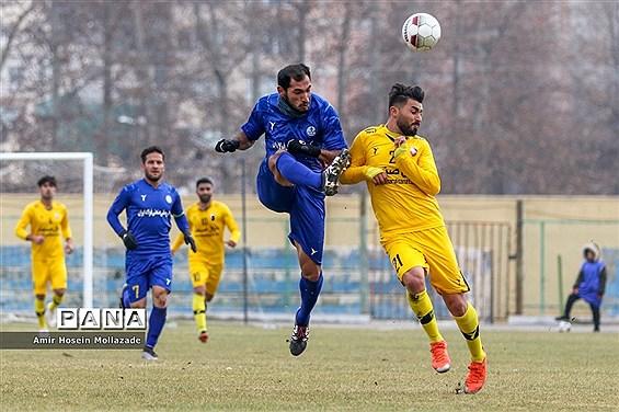 دیدار تیم های فوتبال نود ارومیه و استقلال خوزستان
