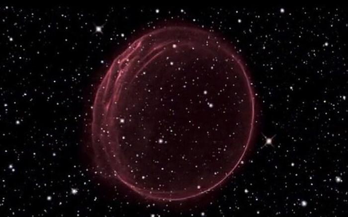 حلقه زرشکی در فضا