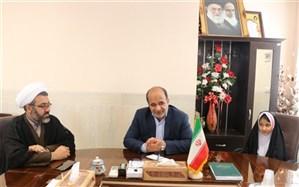 چهارمین نشست شورای دانش آموزی دبستان مهدیه اشکذردر دفتر فرمانداربرگزارشد