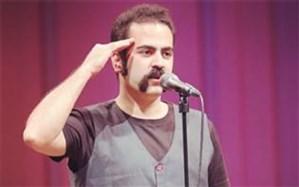 خواننده گروه پالت مقابل دوربین کمال تبریزی رفت