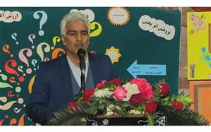 رئیس آموزش و پرورش فیروزکوه: چرخِ این انقلاب و کشوربه دستانِ پر توان و قدرتمند دانش آموزان میبایست به حرکت دربیاید