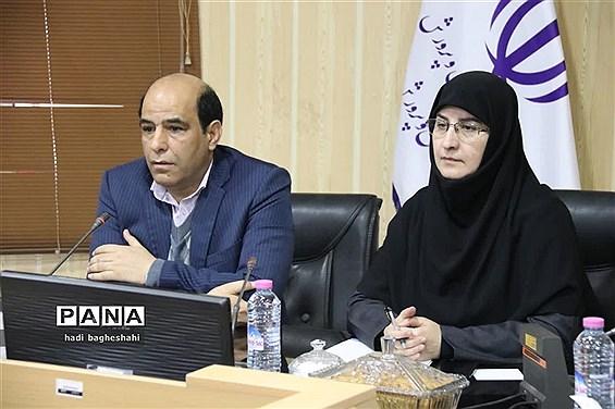 شورای معاونان آموزش و پرورش یزد با حضور معاون آموزش ابتدائی وزیر