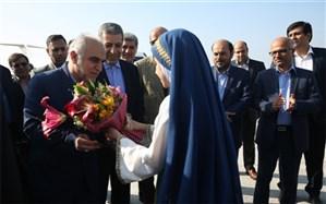 وزیر امور اقتصادی و دارایی وارد بوشهر شد