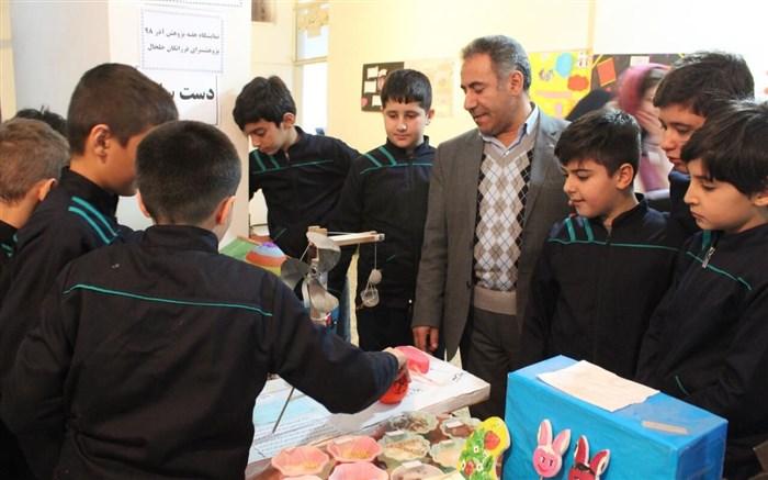 افتتاح نمایشگاه هفته پژوهش در خلخال