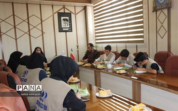 نشست خبرنگاران پانا با معاون نهضت سوادآموزی قزوین