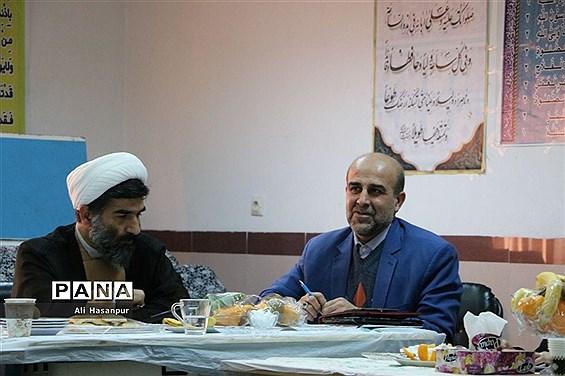 جلسه شورای مرکزی انجمن اولیا و مربیان مازندران