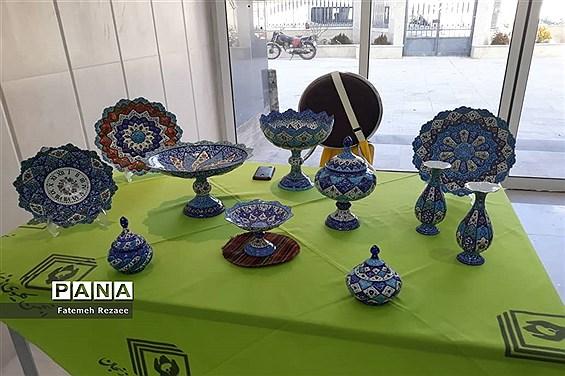 نمایشگاه هنرهای دستی بانوان کارآفرین زنجان