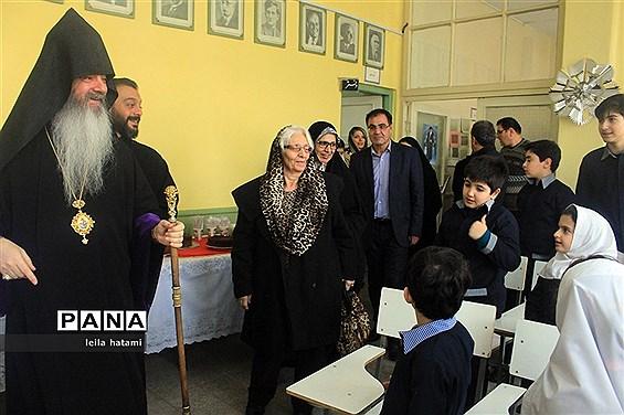 برگزاری جشن سال نو دانش آموزان مدرسه ارامنه اسدی در تبریز