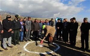 کلنگ نوزدهمین مدرسه خیر ساز منطقه کندوان آذربایجان شرقی بر زمین زده شد