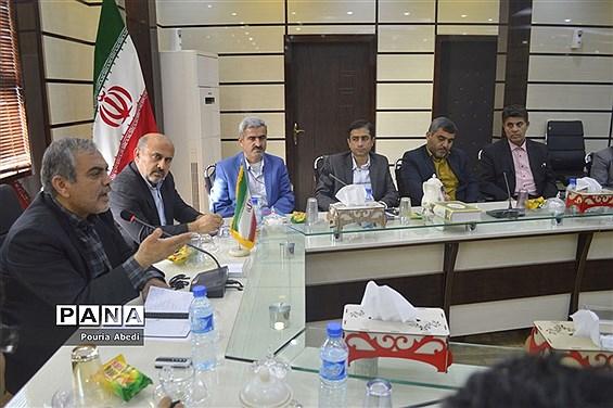 دوره آموزشی آشنایی با قوانین و مقررات اردویی  در بوشهر