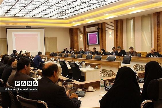 نشست شورای آموزش و پرورش خوزستان در استانداری