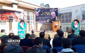 سردار شهید سلیمانی نماد ایستادگی ملت ایران است