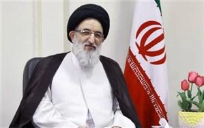 ۲۲ بهمن نماد پیروزی حق برعلیه باطل است