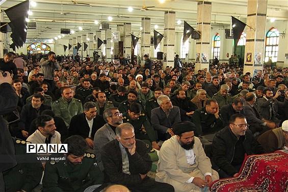 آیین بزرگداشت شهید سردارقاسم سلیمانی در مسجد جامع کرمانشاه