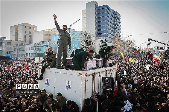 تشییع پیکر شهدای مقاومت در تهران-3