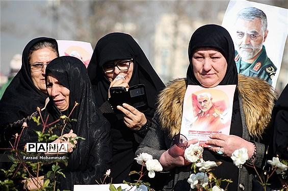 مراسم تشییع پیکر مطهرشهید حاج قاسم سلیمانی و همرزمان شهیدش در تهران