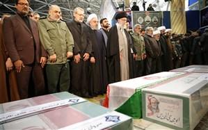 رهبر معظم انقلاب بر پیکر شهید سلیمانی نماز اقامه کردند