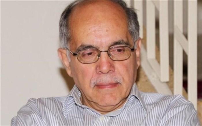 کوروش احمدی