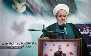 رییس دفتر عقیدتی سیاسی مقام معظم رهبری: شهید سلیمانی الگویی تمام عیار و اولین خصوصیت او ولایتمداری بود