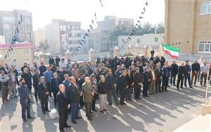 کارکنان اداره کل آموزش و پرورش استان البرز دراجتماع خودجوش و پرشور  از اقدام سپاه قدر دانی کردند