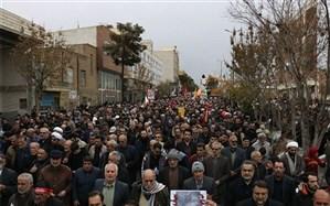 فریاد « مرگ بر استکبار » مردم سمنان در تایید انتقام سخت