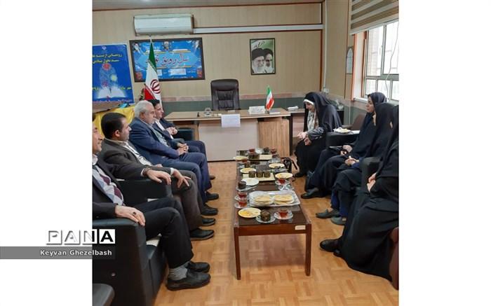 جلسه پارلمان مشورتی بانوان شهرستان امیدیه