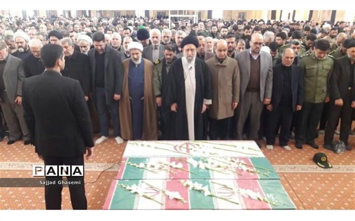 تشییع جنازه شهیدان هواپیما اوکراینی در گلستان
