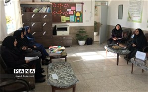 نشست درس پژوهی  دردبستان زکیه مروست برگزار شد