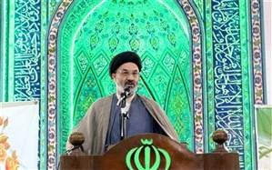امام جمعه فیروزکوه: همه استقلال و آزادی کشوررا به برکت خون شهدا به دست آوردیم