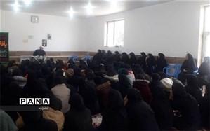 مراسم سوگواری ایام فاطمیه و سردارسلیمانی در دبیرستان فرزانگان ابرکوه برگزارشد