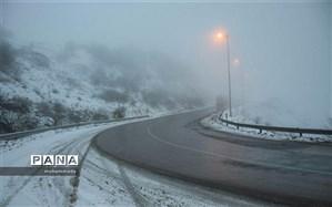 بارش برف و باران در محورهای ارتباطی اردبیل
